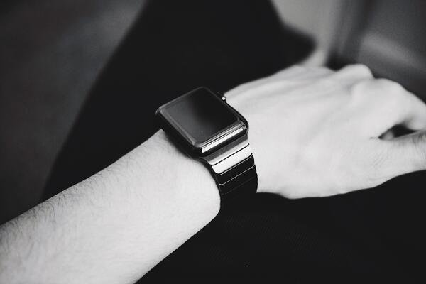 black-and-white-smartwatch-on-wrist-business
