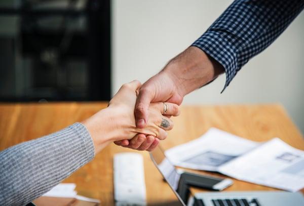 handshake-adults-business-sales
