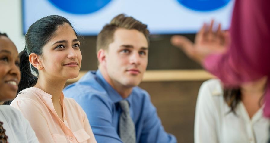 4 Ways Sales Enablement Improves Employee Onboarding